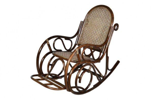 Кресло-качалка плетеное из ротанга